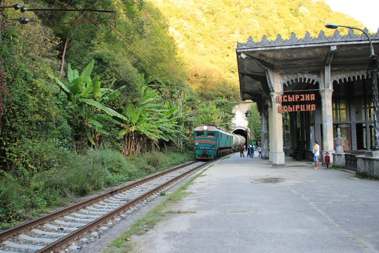 Image result for Железная дорога через Абхазию фото